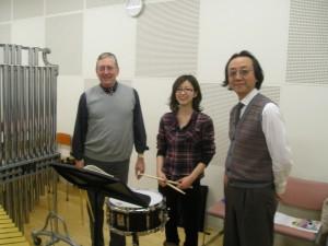 "(l.-r.) Bill, NorikoTakahashi (freshman), Kazunori Meguro (Professor) discussing ""Suite Ancienne"" by Maurice Jarre"