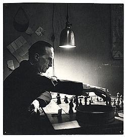 Duchamp playing chess. A Kay Bell Reynal photo in the Smithsonian Archives of American Art