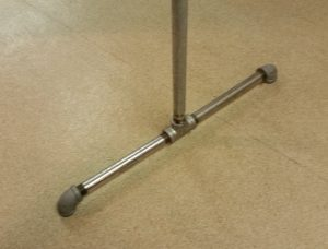 Photo 13 - base od a galvanized rack, showing two 'els' (elbow fittings) on the ends and one 'tee' fitting in the center